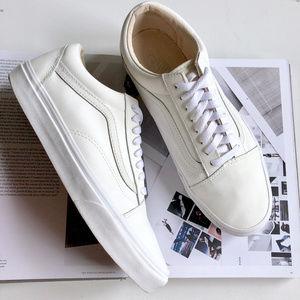 Vans Classic Tumble Old Skool White Sneakers